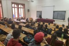 Întâlnire cu studenții